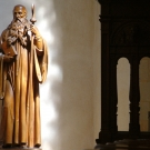 Statue of Saint Benedict (chorus) ; beuronien art