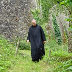 monk solesmes